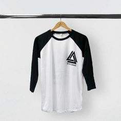 WWCOMMS BLACK/WHITE  BASEBALL T-SHIRT