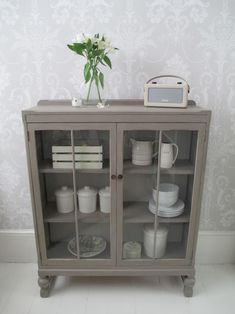 Vintage Glass Cabinet painted in Annie Sloan French Linen