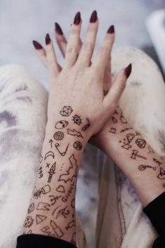 How To : Stick and Poke Tattoo