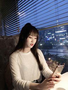 Girlfriend Sinb Gfriend, Jung Eun Bi, Girl Photography Poses, Pretty Asian, G Friend, Boyfriend Girlfriend, Korean Girl Groups, Kpop Girls, My Girl