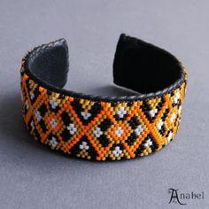 Оригинальный женский браслет из бисера (на жесткой основе) #украшенияотAnabel