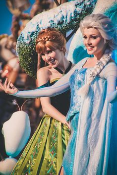Disney Character Cosplay Festival of Fantasy Parade -