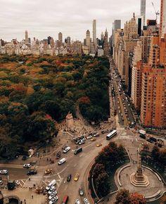 Nyc Skyline, Manhattan Skyline, Manhattan Nyc, City Aesthetic, Travel Aesthetic, Places To Travel, Travel Destinations, Places To Go, Holiday Destinations