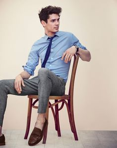 Great look for spring - J.Crew men's Ludlow shirt in basketweave cotton, Bowery classic pant in Japanese chambray, and Ludlow penny loafers.