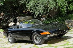 1972 Ferrari Daytona Spider 365 GTS/4 - Miami Vice | The Sexiest Classical Cars In Movie History - Check them out at: http://www.buzzfeed.com/audreyw11/the-sexiest-classical-cars-in-movie-historythe-sex-gsnz