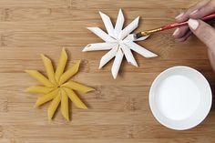 Christmas Pasta, Christmas Mood, Christmas Crafts For Kids, Xmas Crafts, Christmas Projects, Macaroni Art, Rainbow Origami, Pasta Crafts, Pasta Art
