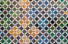 Decoración De Azulejos, Baldosas, Alhambra, España Fotos, Retratos, Imágenes Y Fotografía De Archivo Libres De Derecho. Image 13917835.