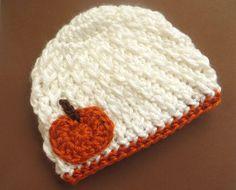 Crochet Pumpkin Hat for Halloween or Thanksgiving - White for girl or boy - baby infant newborn 0 3 6 9 12 months toddler Bonnet Crochet, Crochet Diy, Crochet Fall, Halloween Crochet, Holiday Crochet, Crochet Beanie, Crochet For Kids, Crochet Crafts, Yarn Crafts