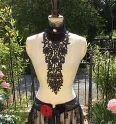 Black lace jabot  Burlesque  kostuum  Circus  door talulahblue