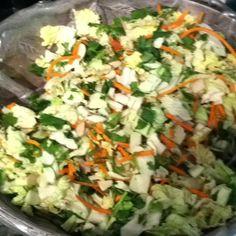Used the new Kraft salad kits. Side Dish Recipes, Asian Recipes, Side Dishes, Yummy Recipes, Napa Cabbage, Green Cabbage, Ginger Salad Dressings, Wonton Strips, Salad Kits
