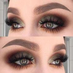 I used @limecrimemakeup Venus 2 palette (shadows: jam, mud, mustard, marsh, boot and pigeon)   @inglot_cosmetics pure pigment 45 and kohl pencil 02   @dependcosmetic eyebrow pomade in taupe   @diamond_japney lashes desired ✨ #makeupartistworldwide #makeupmafia #makeupartist #makeupartistsworldwide #vegas_nay #fiercesociety #wakeupandmakeup #dressyourface #hudabeauty #limecrime #limecrimemakeup