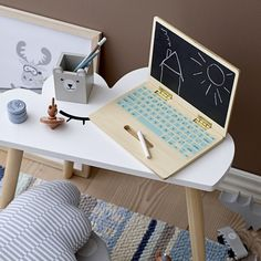 Buy the Wooden Toy Computer from Bloomingville at AMARA. Free UK delivery on all orders over Modern Kids Toys, Best Kids Toys, Pink Home Accessories, Plywood Projects, Diy Rangement, Petites Tables, Playroom Decor, Wood Toys, Wooden Diy