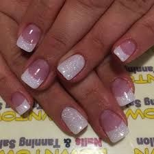 False nails have the advantage of offering a manicure worthy of the most advanced backstage and to hold longer than a simple nail polish. The problem is how to remove them without damaging your nails. Marriage is one of the… Continue Reading → French Manicure Nails, Gel Manicures, Manicure Set, Diy Nails, Glittery Nails, Sparkle Nails, Purple Sparkle, Purple Teal, Glitter Tip Nails