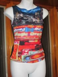 New With Tags Spandex City Print Top Ladies Small