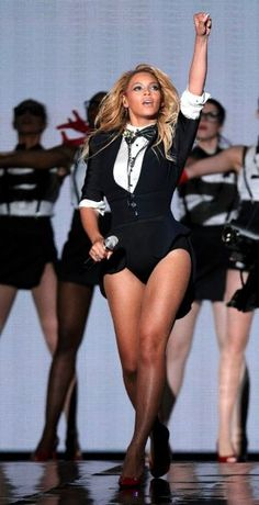 Beyonce Inspired Outfits | Beyoncé Wears Tuxedo-Inspired Bodysuit on Oprah's Last Show