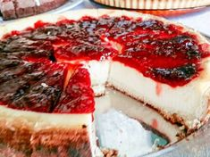 tarta de queso1 Camembert Cheese, Cheesecake, Dairy, Menu, Desserts, Food, Frases, Pies, Pastries