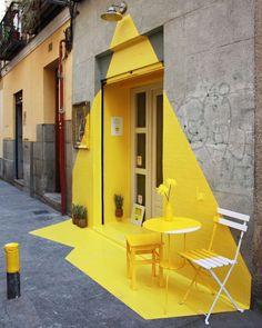 Vegan Restaurant in Madrid Features an Exciting Ephemeral Installation - Wandgestaltung ideen Architecture Design, Amazing Architecture, Wallpaper Furniture, Of Wallpaper, Madrid, Interior Paint Colors, Decor Interior Design, Interior Painting, Room Interior