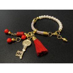Pulsera de Moda con Perlas, Cordón de Seda y Llave de San Benito