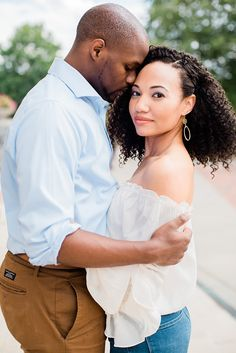 Engagement session in Asheville, NC with African American couple, Casual Engagement session looks. Casual Engagement Photos, Winter Engagement Pictures, Engagement Humor, Indian Engagement, Engagement Photo Outfits, Beach Engagement, Engagement Photography, Engagement Session, Nice Photography