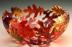 Oak Leaf Bowl by, Dela Kazine Art Glass Studio. Fused Glass Plates, Fused Glass Art, Glass Dishes, Mosaic Glass, Stained Glass, Glass Bowls, Glass Fusing Projects, Kiln Formed Glass, Glass Flowers