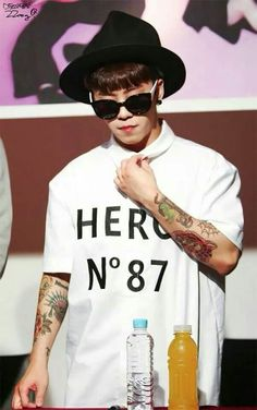 Taeil's tattoos really suit him in a weird way :)