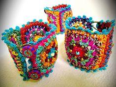 ~ Granny squar Chic , Crochet Bracelet ~http://img0.etsystatic.com/029/0/8581591/il_570xN.509665936_s3i5.jpg