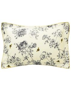 Joules Imogen Floral Pillowcase, Bee Print.                     This Oxford pillowcase features our popular floral and bee print with a striped reverse.  Matching pillows and duvet cover available.