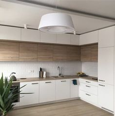 7 Pleasing Tips AND Tricks: Kitchen Remodel Tips Layout white kitchen remodel ba. 7 Pleasing Tips AND Tricks: Kitchen Remodel Tips Layout white kitchen remodel ba. Black Kitchen Decor, Kitchen Interior, New Kitchen, Kitchen Ideas, Kitchen White, Awesome Kitchen, Kitchen Modern, Apartment Kitchen, Cheap Kitchen