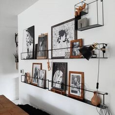 Inspiring Wall Decor Ideas for Your Living Room In 2020 Room Furniture Design, Furniture Decor, Interior Decorating, Interior Design, Decorating Ideas, Decor Ideas, Wall Shelves Design, Modern Wall Decor, Apartment Design
