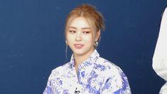Bae Suzy, Dancer, Idol, Korea, Thing 1, Romantic, Twitter, Beauty, Ootd