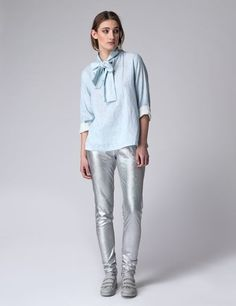 The sober and sleek Dutchess fashion designs in high quality fabrics can be worn at all times to make an effortless statement. How To Make Bows, How To Wear, Normcore, Tie, Long Sleeve, Dutch, Fabric, Model, Cotton