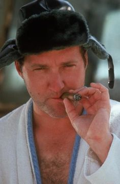 Randy Quaid is Cousin Eddie in National Lampoon's Christmas Vacation Christmas Vacation Quotes, Christmas Quotes, Christmas Movies, Christmas Humor, Christmas Fun, Xmas, Griswold Family Christmas, Lampoons Christmas, National Lampoons