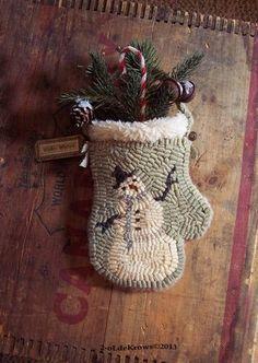 Hooked Rug Wool Mitten