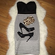 Black & White Strapless Dress Black & White strapless dress purchased from Windsor. Only worn once. WINDSOR Dresses Strapless