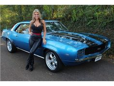 I totally adore this paint color for this modified chevy camaro Chevrolet Camaro 1969, Camaro Ss, American Muscle Cars, Muscle Cars Vintage, Vintage Cars, Sexy Autos, Automobile, Chevy Muscle Cars, Sweet Cars