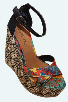 Twisted Jenna Sandal Shoes Shoes Wedges Shoe Boots