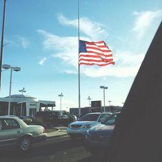 #Repost @preston_stauffer  american flag #americanflag #america #sky