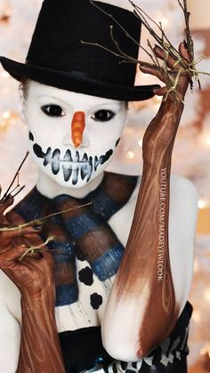 The Spookiest Looks from MadeULook by Lex, Her Inspirations, and More! (Photos and Interview) — I Love Halloween Christmas Makeup Look, Halloween Makeup Looks, Holiday Makeup, Creative Halloween Costumes, Halloween Make Up, Winter Makeup, Christmas Face Painting, Witch Costumes, Snowman Faces