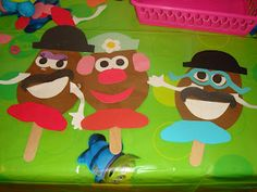 Toy Story Birthday Party Make Your own Mr or Mrs Potato Head Craft Toy Story Game, Toy Story Movie, New Toy Story, Toy Story Party, Toy Story Birthday, Birthday Party Games, Birthday Ideas, Birthday Fun, Manualidades Toy Story