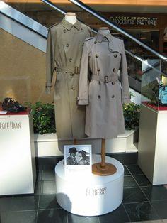 Casablanca Hollywood Costume, Famous Movies, Drama Queens, Fashion Tv, Casablanca, Cupboard, Movie Tv, Poems, Action