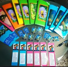 Bookmarks, magnets
