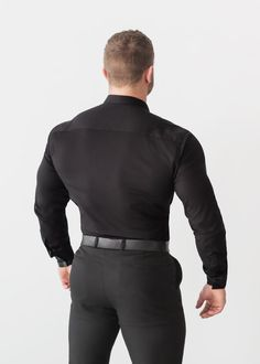 Our Black Tapered Fit shirt helps show off your physique whilst still achieving a comfortable, tailored fit. The perfect shirt to showcase your muscle. Baggy Shirts, Just Beautiful Men, Designer Suits For Men, Preppy Men, Tight Suit, Poses For Men, Well Dressed Men, Shirt Shop, Workout Shirts