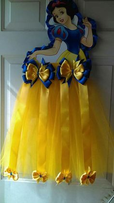 Diy Baby Tutu Little Girls 51 Ideas - Diy Crafts - hadido Diy Hair Bow Holder, Tutu Bow Holders, Diy Hair Bows, Ribbon Hair, Disney Headbands, Flower Girl Headbands, Disney Princess Curtains, Disney Princess Birthday, Diy Tutu