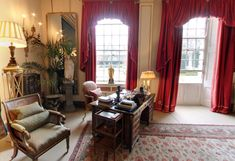 Inside Clarence House, Prince Charles' Home - Scene Therapy Living Room Styles, Living Rooms, Living Room Orange, English Country Decor, Clarence House, Interior Decorating, Interior Design, Furniture Arrangement, Prince Charles