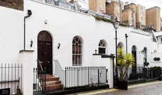 3 bedroom Mews House in Craven Hill Mews, Bayswater, London, W2 (HYD120168) | kayandco.com