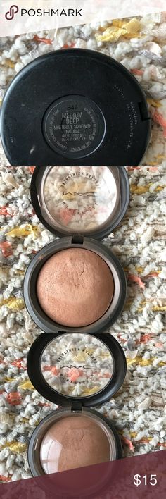 MAC medium deep mineralize skin finish natural Can wear as bronzer or just a dust over make up!  I don't have any acne or any skin issues. Used with brush always. ✌️ MAC Cosmetics Makeup Face Powder