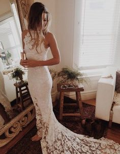 Sleeveless Lace Sheath Long Wedding Dress #laceweddingdresses #winterweddingdresses http://wedding-dress-tips.us
