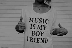 black and white, hipster, music, photography - image on . Seven Minutes In Heaven, Photos Black And White, Cant Stop Loving You, I Love Music, Swagg, Dress Me Up, Style Me, Everything, Cute Outfits