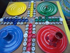 Parchís con material reciclado