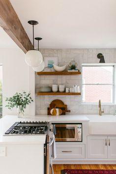 9 Genuine Cool Ideas: Modern Minimalist Kitchen Cabinets minimalist home office awesome.Minimalist Home Ikea Living Rooms minimalist kitchen lighting window. New Kitchen, Kitchen Dining, Kitchen Decor, Kitchen Cabinets, Kitchen Sink, Kitchen Ideas, 10x10 Kitchen, Kitchen White, Kitchen Fixtures